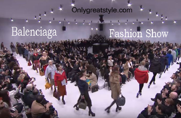 Balenciaga fashion show fall winter 2016 2017 for women