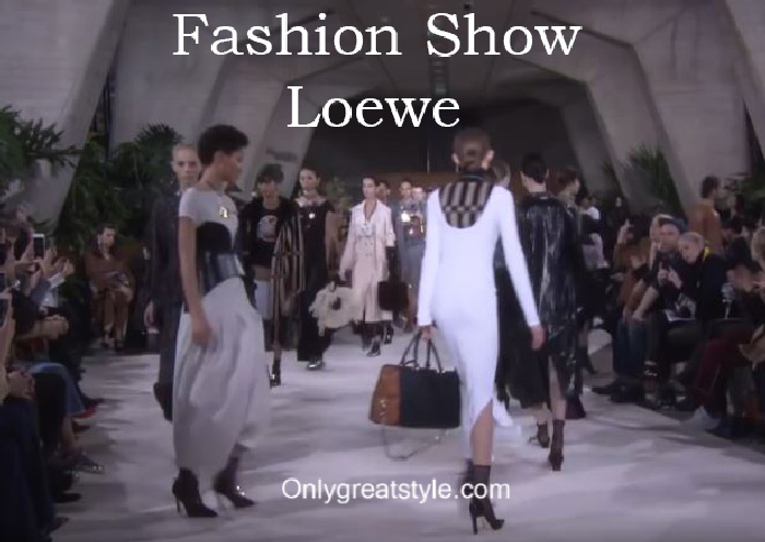 Loewe fashion show fall winter 2016 2017 for women