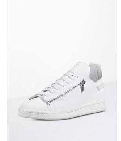 Adidas-Y3-shoes-fall-winter-2016-2017-for-women-look-17