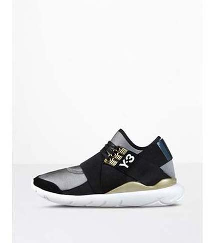 Adidas-Y3-shoes-fall-winter-2016-2017-for-women-look-34