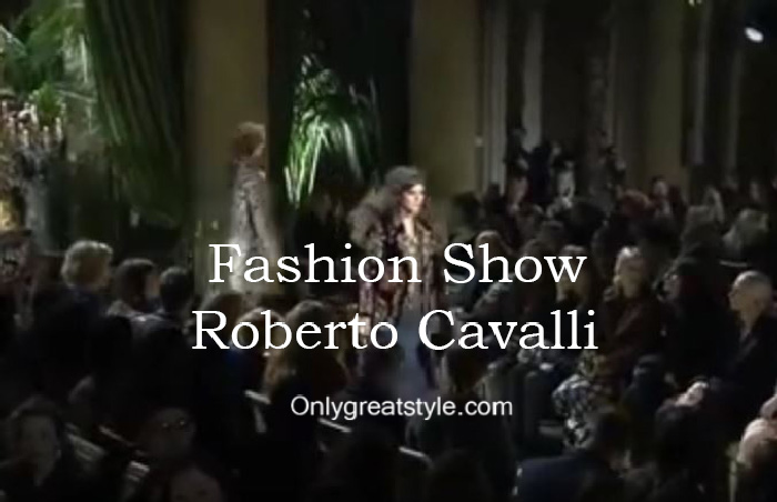 Roberto Cavalli fashion show fall winter 2016 2017 for women