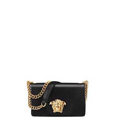Versace-bags-fall-winter-2016-2017-for-women-look-25