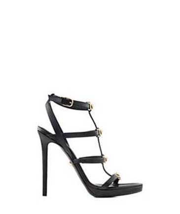 Versace-shoes-fall-winter-2016-2017-for-women-look-32