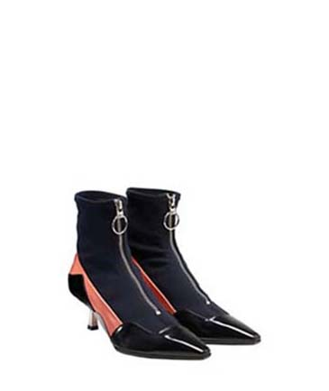 Versace-shoes-fall-winter-2016-2017-for-women-look-50
