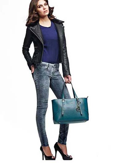 Guess Bags Fall Winter 2016 2017 For Women Look 22