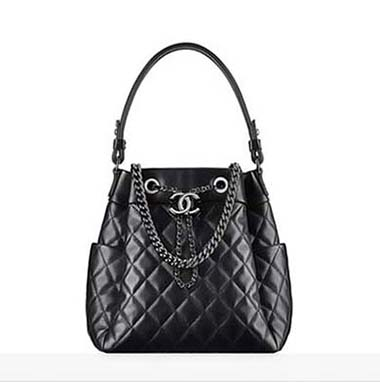 Chanel Bags Fall Winter 2016 2017 For Women Look 16