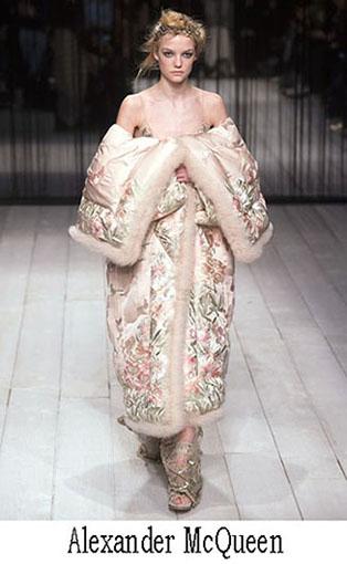 McQueen Fall Winter 2016 2017 Fashion For Women 42