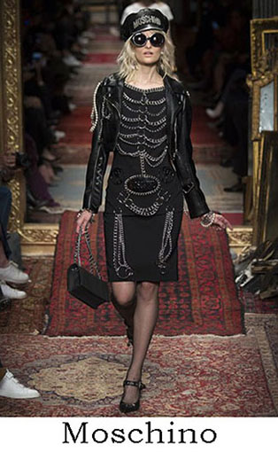 Moschino Fall Winter 2016 2017 Lifestyle For Women 24
