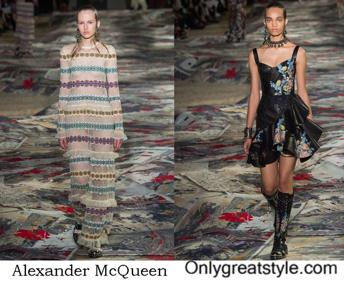 Alexander McQueen Spring Summer 2017 Fashion Show Women's