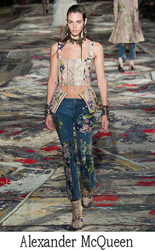Fashion News Alexander McQueen Spring Summer 2017