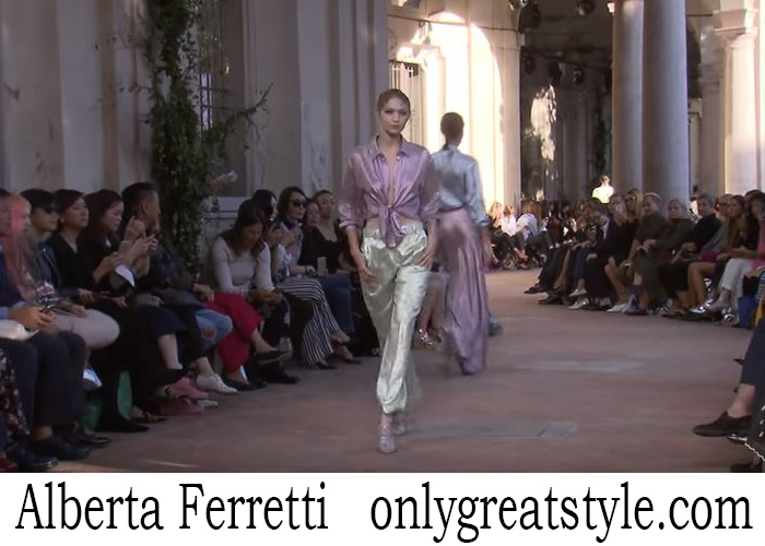 Fashion Show Alberta Ferretti Women's Spring Summer 2018