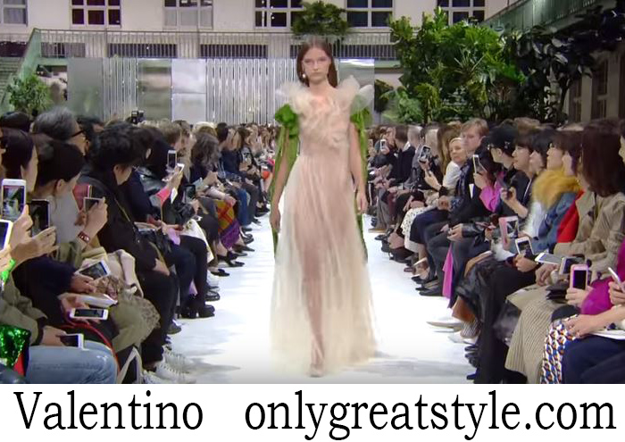 Fashion Show Valentino Women's Spring Summer 2018