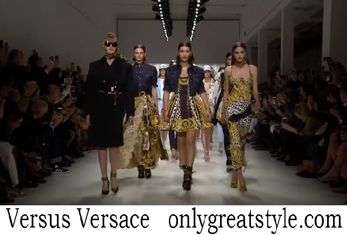 Fashion Show Versus Versace Women's Spring Summer 2018
